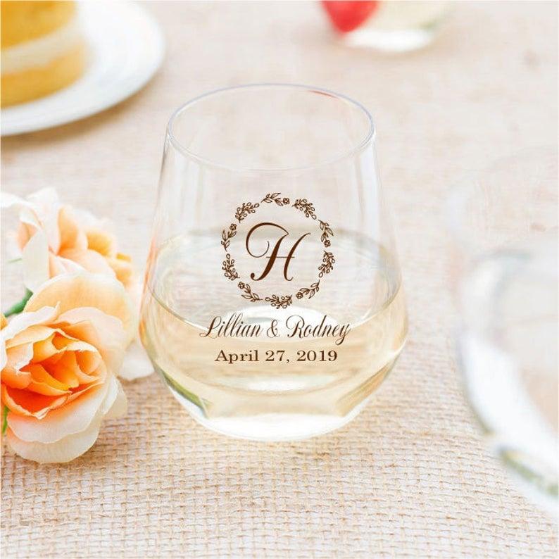 wine glass favor