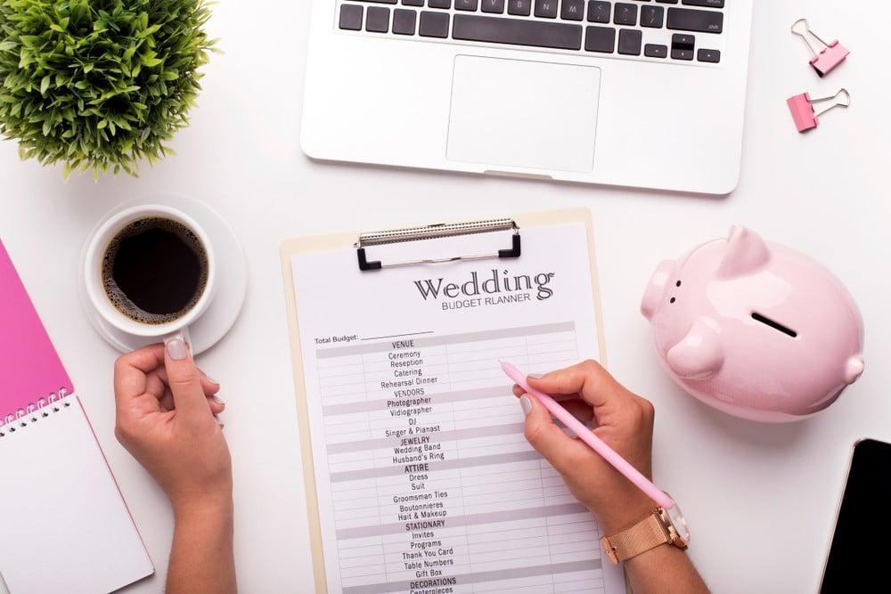 list of wedding expenses