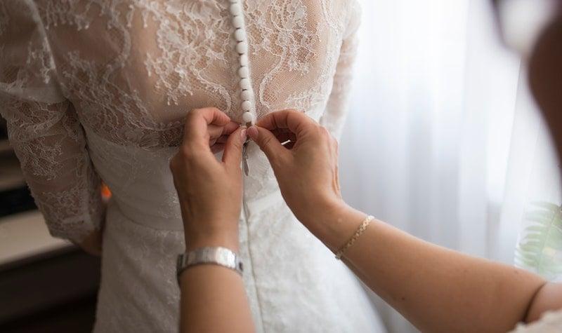 buttoning wedding dress
