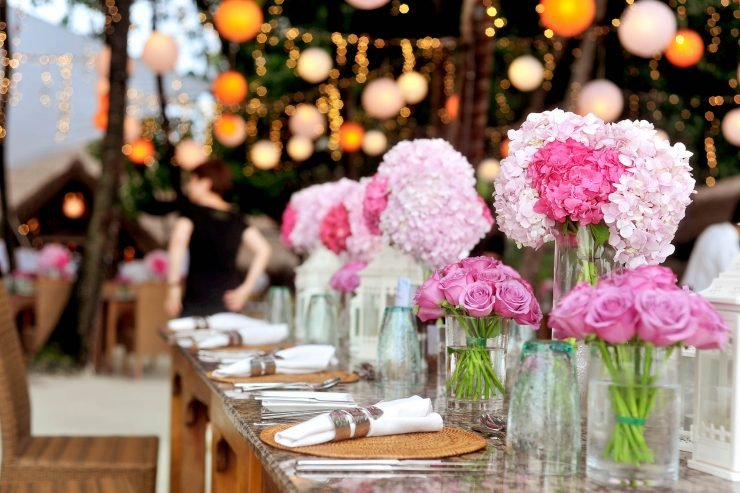 Inexpensive Wedding Decoration Ideas On A Budget Yeah Weddings