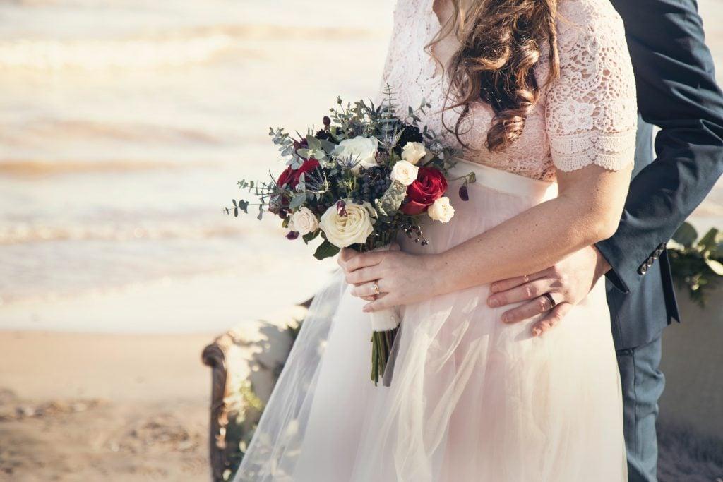 outdoor wedding themes
