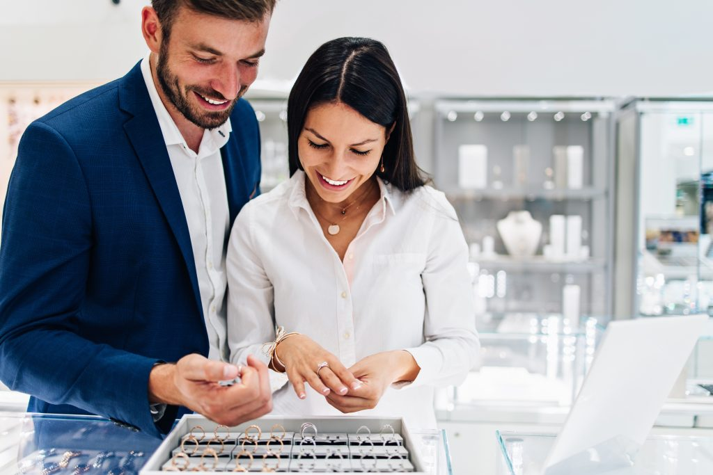 couple shopping for engagement rings