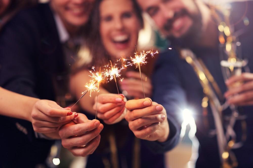 nye wedding sparklers