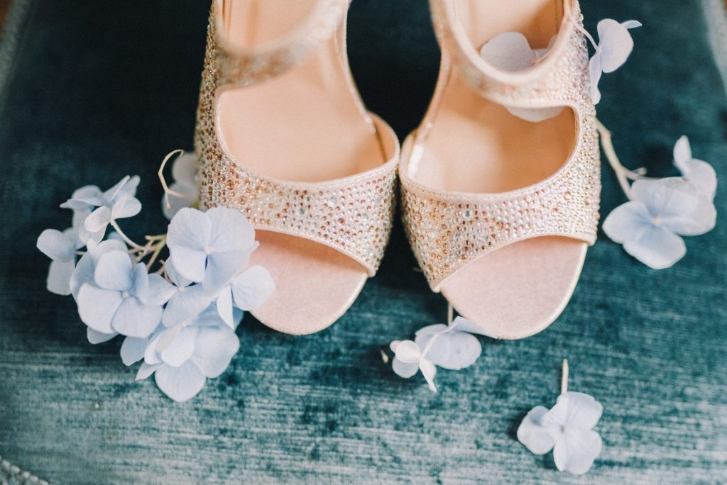 bringing shoes along with trying on wedding dresses