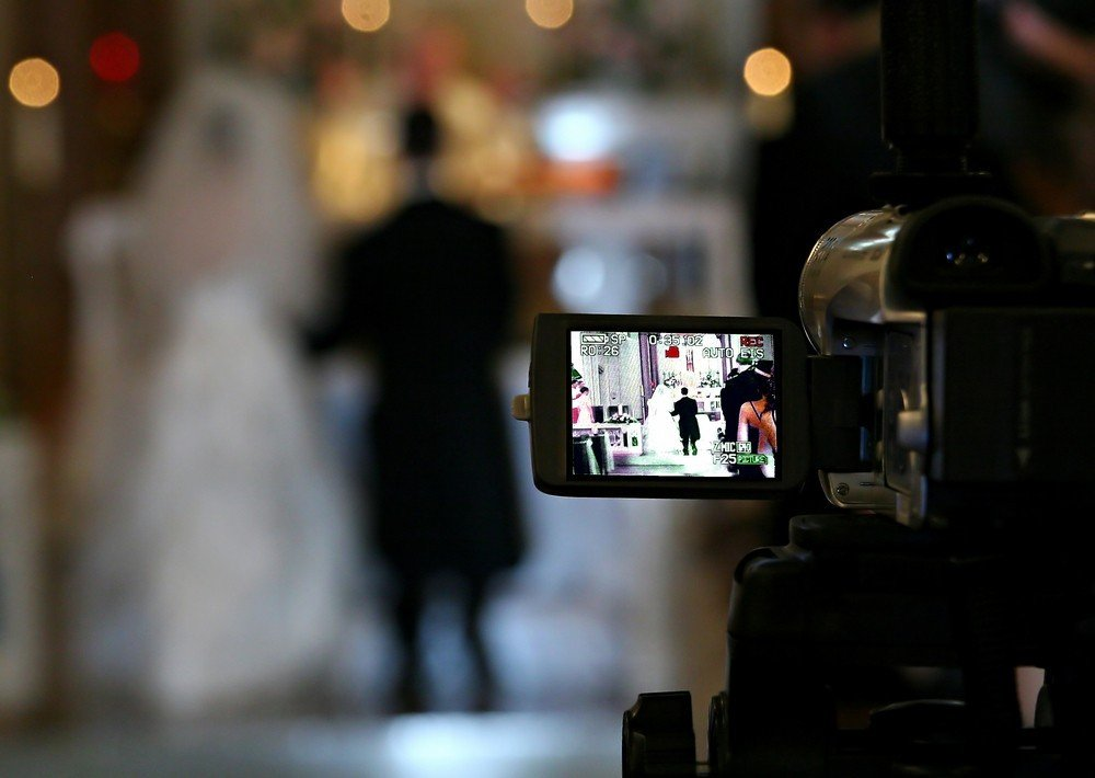 recording wedding video