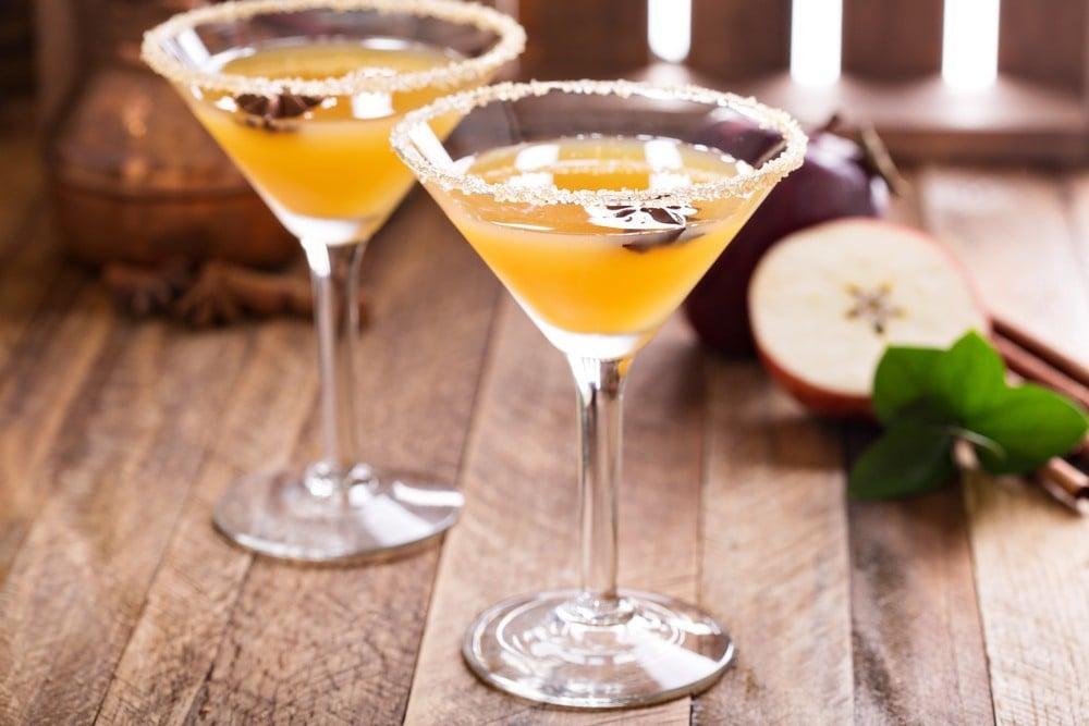apple martini wedding cocktail