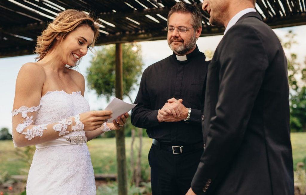 bride reciting vow