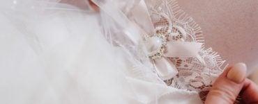 garter placement