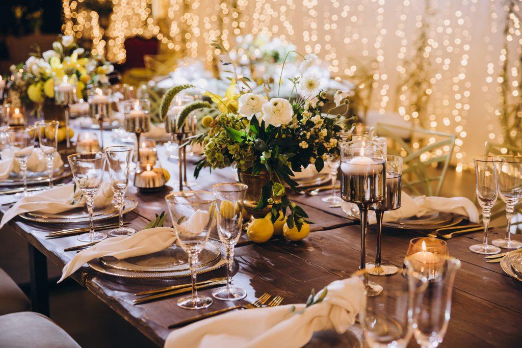 lemon table decor weddings