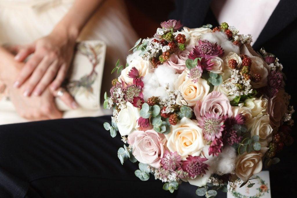 dusty pink floral arrangment