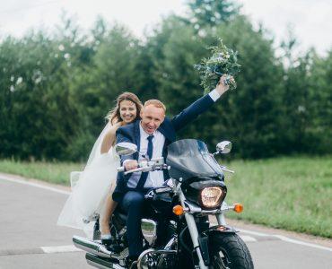 couple eloping
