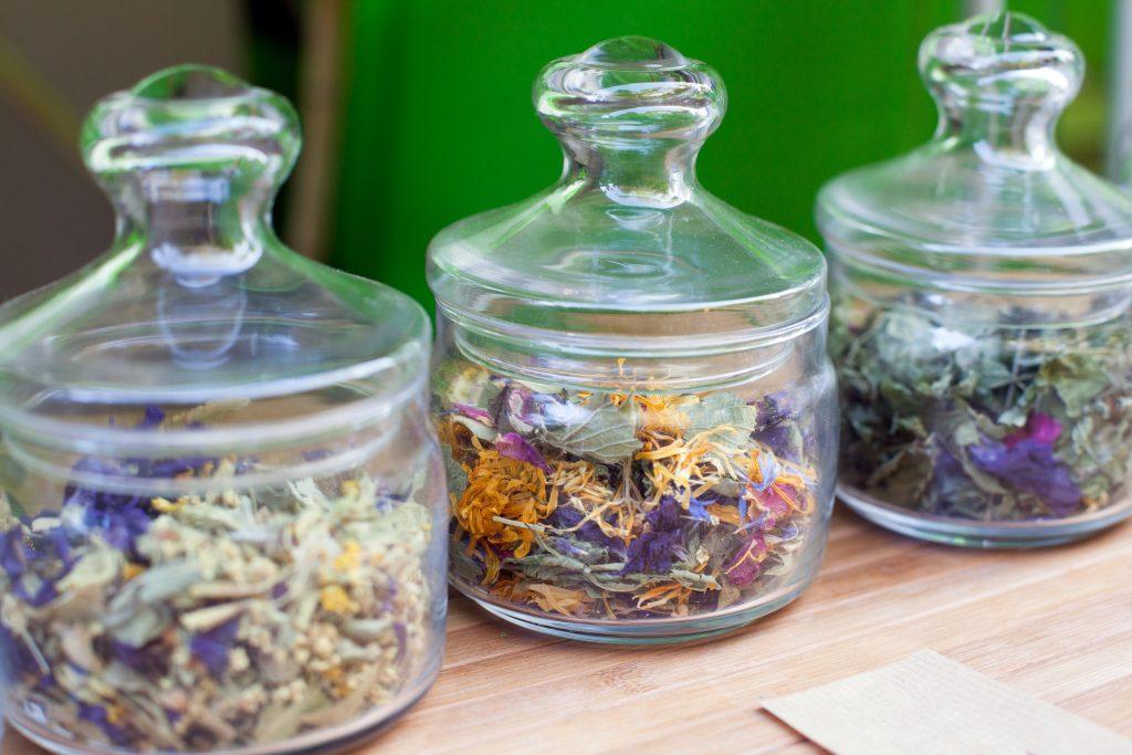 tea leaf jars