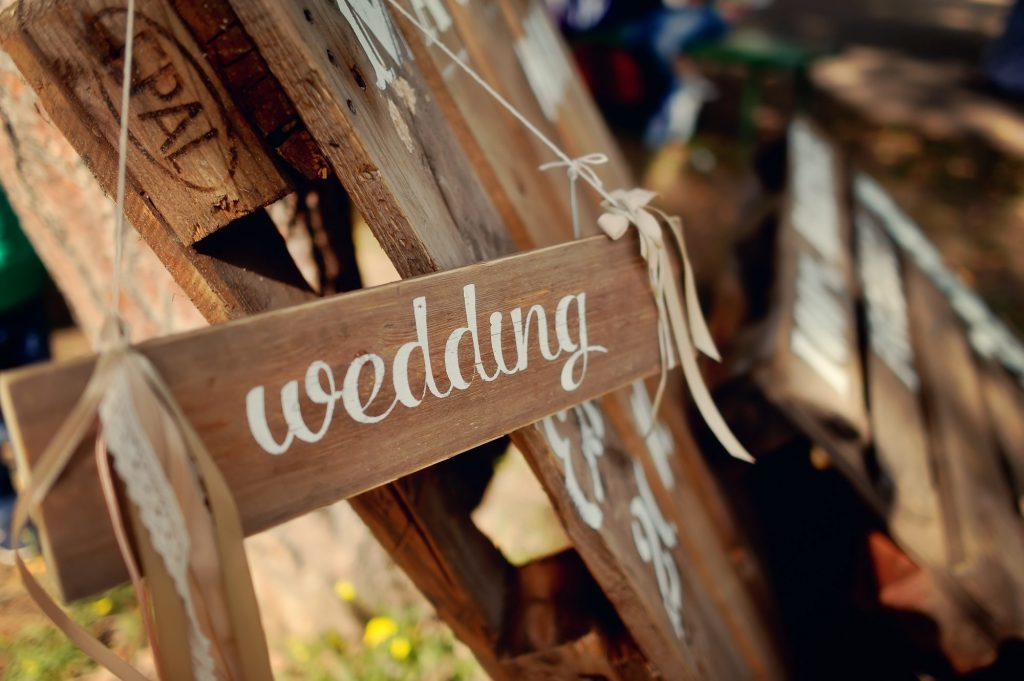 wedding location sign