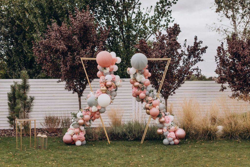 Wedding entrance structure