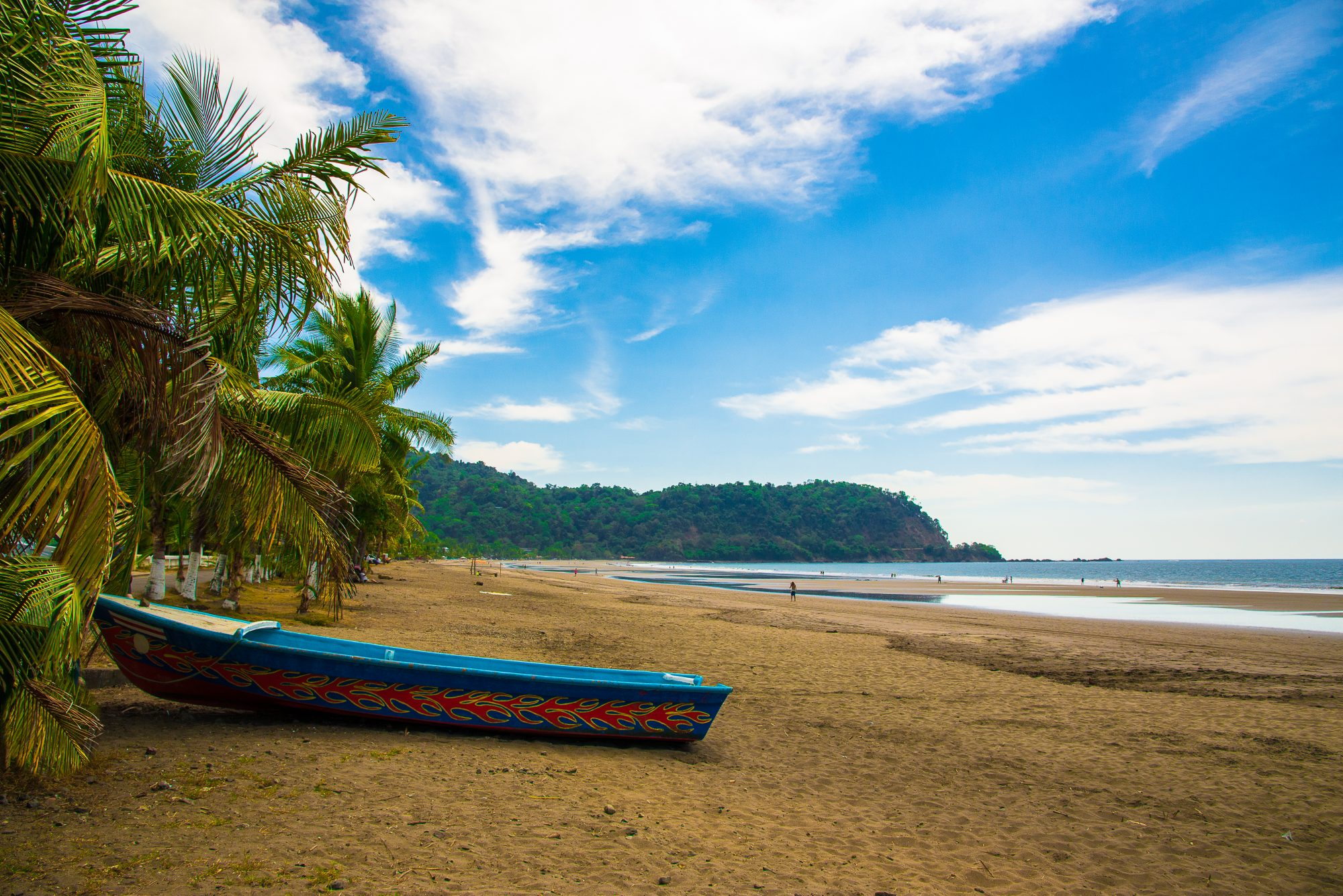 beach and boat in jaco