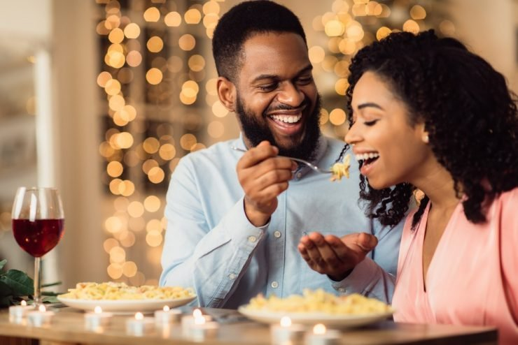 couple enjoying date night