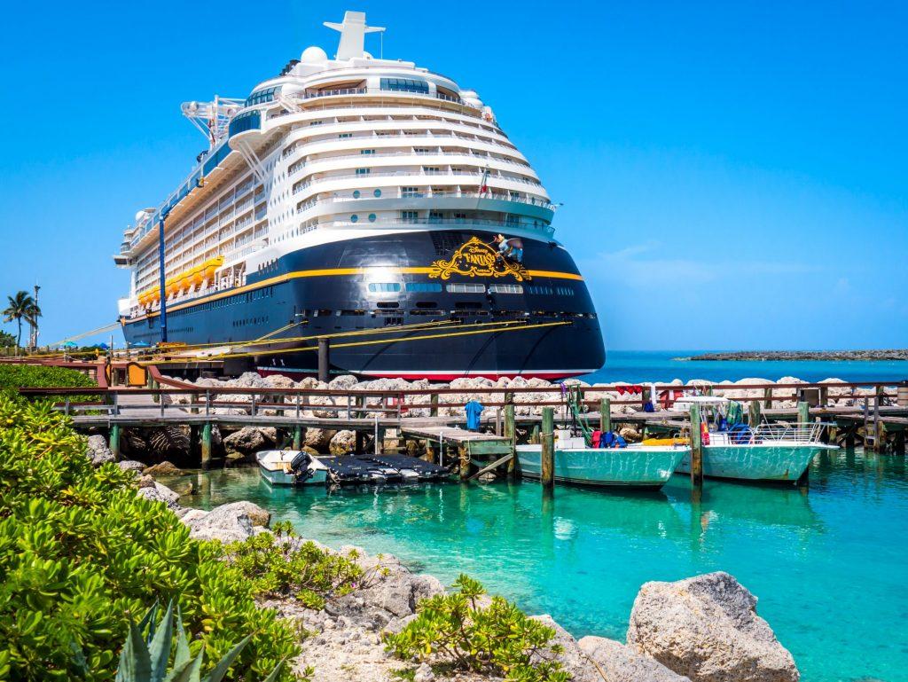 disney cruise anchored