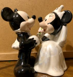 mickey and Minnie Mouse getting married