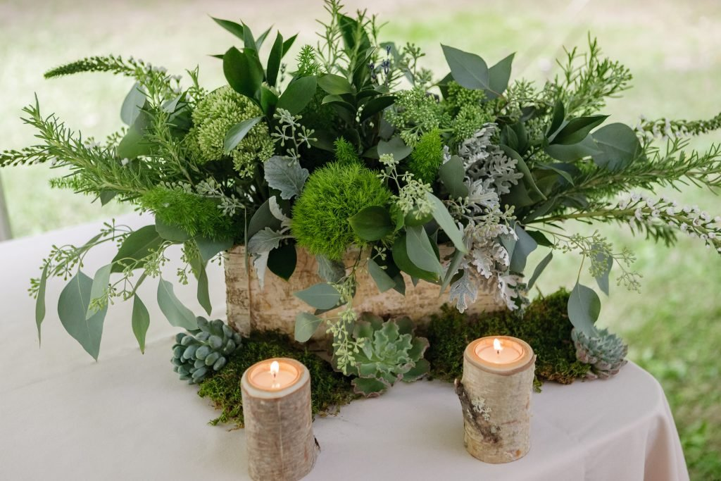centerpiece made of greenery