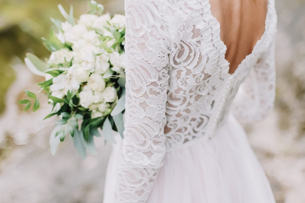 floral pattern in lace