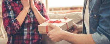 10 year anniversary gift exchange