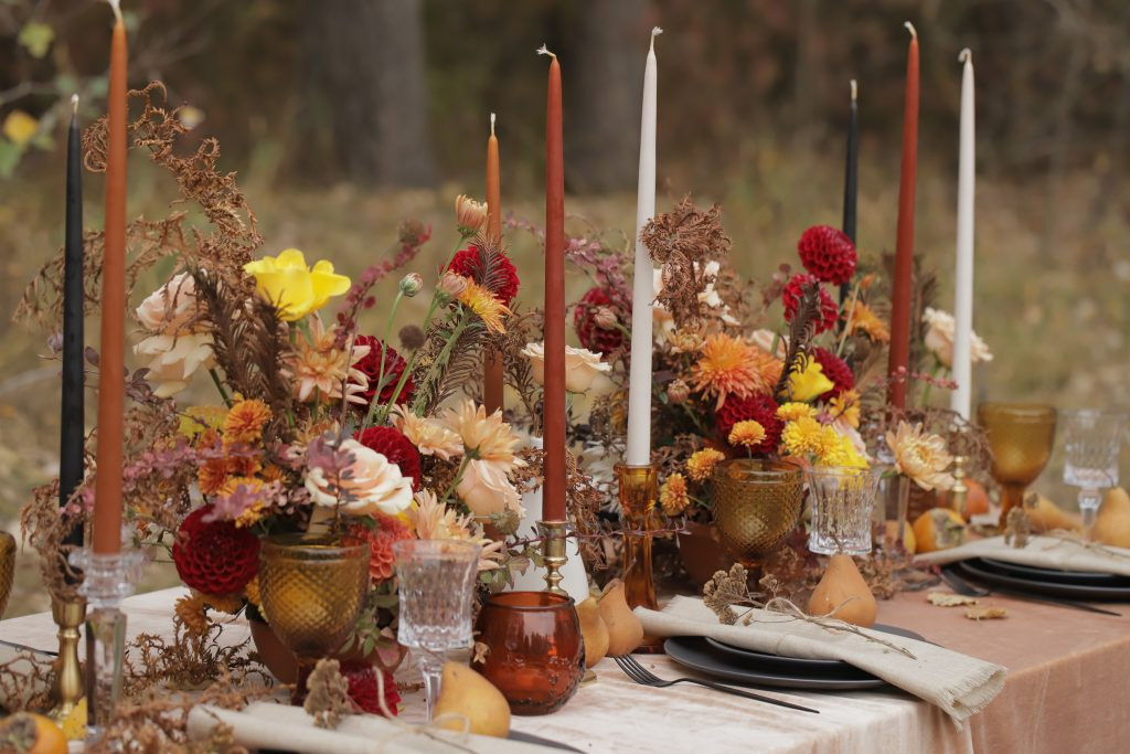 autumn wedding centerpieces and table settings